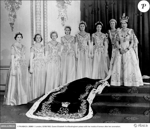 © PA/ABACA. 26980-1. London, 02/06/1953. Queen Elizabeth II at Buckingham palace with her maids of honour after her coronation.27/03/2007 -