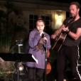 Chris Martin sur scène avec son groupe Coldplay et son fils Moses. Photo publiée sur Instagram le 24 octobre 2016
