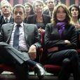 Nicolas Sarkozy, sa femme Carla Bruni-Sarkozy et Patrick Ollier - Nicolas Sarkozy, ancien président de la République, président du parti Les Républicains et candidat à la primaire de la droite (Les Républicains LR) lors d'une réunion lors d'une réunion publique au théâtre de Neuilly-sur-Seine, France, le 7 novembre 2016. © Stéphane Lemouton/Bestimage