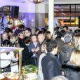 """Atmosphère - Le prix de Flore 2016 pour Nina Yargekov et sa """"Double nationalité"""" au Café de Flore à Paris, France, le 8 novembre 2016."""