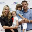 Molly Sims, son mari Scott Stuber et leurs enfants Scarlett May Stuber et Brooks Alan Stuber à la 7ème journée annuelle de « The Children's Museum of the East End's «  à New York, le 18 juillet 2015