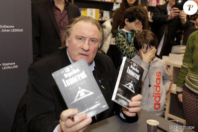 G rard depardieu le 33 me salon du livre au parc des for Salon du x porte de versailles