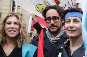 Thomas Hollande descend dans la rue pour soutenir des femmes menacées