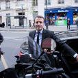 Le candidat à l'élection présidentielle Emmanuel Macron arrive à sa dédicace de son nouveau livre ''Révolution'' à la Fnac des Ternes à Paris, le 24 novembre 2016, le jour de la sortie du livre. © Cyril Moreau/Bestimage
