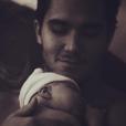 Carlos Pena a partagé une photo de son fils, qu'il partage avec l'actrice Alexa PenaVega sur sa page Instagram le 10 décembre 2016