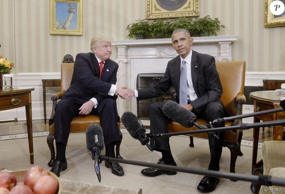 le futur pr sident lu donald trump rencontre barack obama dans le bureau oval de la maison. Black Bedroom Furniture Sets. Home Design Ideas