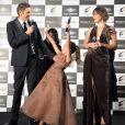 """Paul W.S. Anderson et Milla Jovovich avec leur fille Everlors de la première mondiale de """"Resident Evil: The Final Chapter"""" à Tokyo, le 13 décembre 2016."""