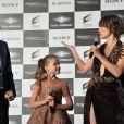 """Paul W.S. Anderson, Ever Anderson et Milla Jovovich lors de la première mondiale de """"Resident Evil: The Final Chapter"""" à Tokyo, le 13 décembre 2016."""