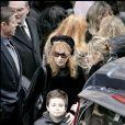Obsèques de Philippe Khorsand en l'église Saint-Roch à Paris, le 4 février 2008. Sa femme Theodora et son fils Antoine.