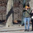 Exclusif - Nabilla Benattia et son compagnon Thomas Vergara lors de leur dernière journée à New York, le 19 décembre 2016.