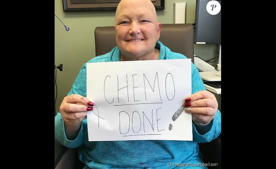 Debbie Rowe a terminé sa séance de chimiothérapie avec sa fille Paris Jackson. Photo publiée sur Instagram le 3 janvier 2016