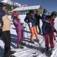 """Cyril Hanouna dévoile les premières images de """"TPMP"""" au ski - """"TPMP"""", lundi 9 janvier 2017"""