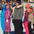"""L'équipe de """"TPMP"""" au ski, à  Montgenèvre,  17 décembre 2016, Twitter"""