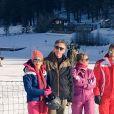"""L'équipe de """"TPMP"""" au ski, à  Montgenèvre,  19 décembre 2016, sur Twitter"""
