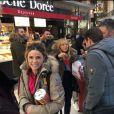 """Capucine Anav et l'équipe de """"TPMP"""" à la gare pour partir à Montgenèvre, Twitter, 16 décembre 2016"""