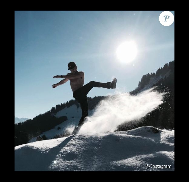 Bastien (Secret Story 10) dans les Alpes, le 7 janvier 2017.