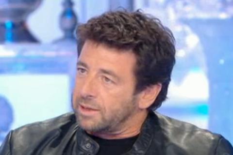 """Patrick Bruel, ses 2 garçons dans les bras pour """"expliquer l'inexplicable"""""""