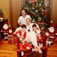 Photo de Céline Dion et ses enfants René-Charles, Eddy et Nelson. Décembre 2016.