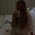 Céline Dion rendant hommage à son défunt mari René Angélil dans une nouvelle vidéo publiée sur Facebook samedi 14 janvier 2017, pour l'anniversaire de sa mort.