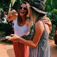 Laure Manaudou en vacances au Sri Lanka avec une amie. Photo postée sur Instagram en janvier 2017.