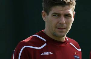 Steven Gerrard, génial capitaine des Reds de Liverpool, placé en garde à vue !