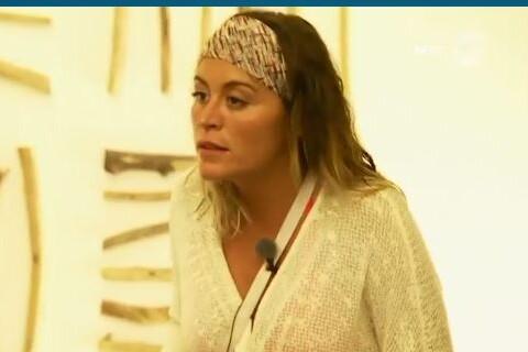 """Anaïs Camizuli """"violente"""", harcèlement, menaces de mort... Martika balance !"""