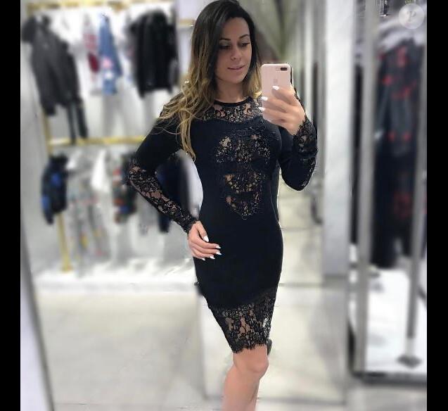Shanna Kress en robe sexy - Instagram, janvier 2017