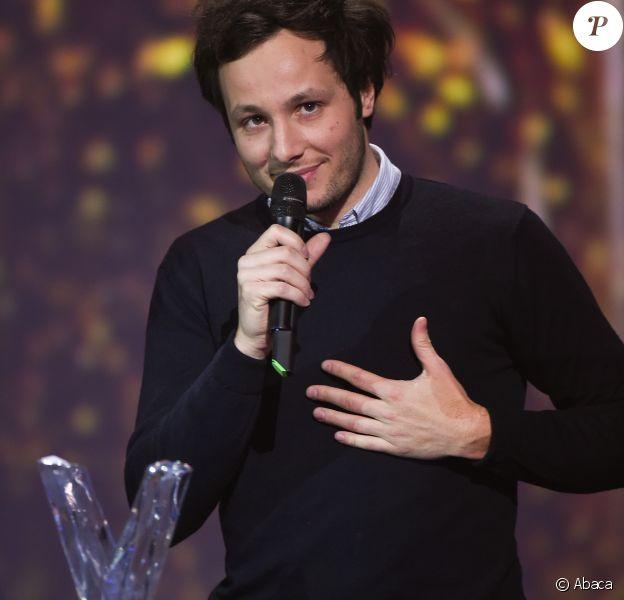Vianney lors des 32e Victoires de la Musique le 10 février 2017 au Zénith de Paris. Il y a reçu la Victoire de la chanson originale pour Je m'en vais.