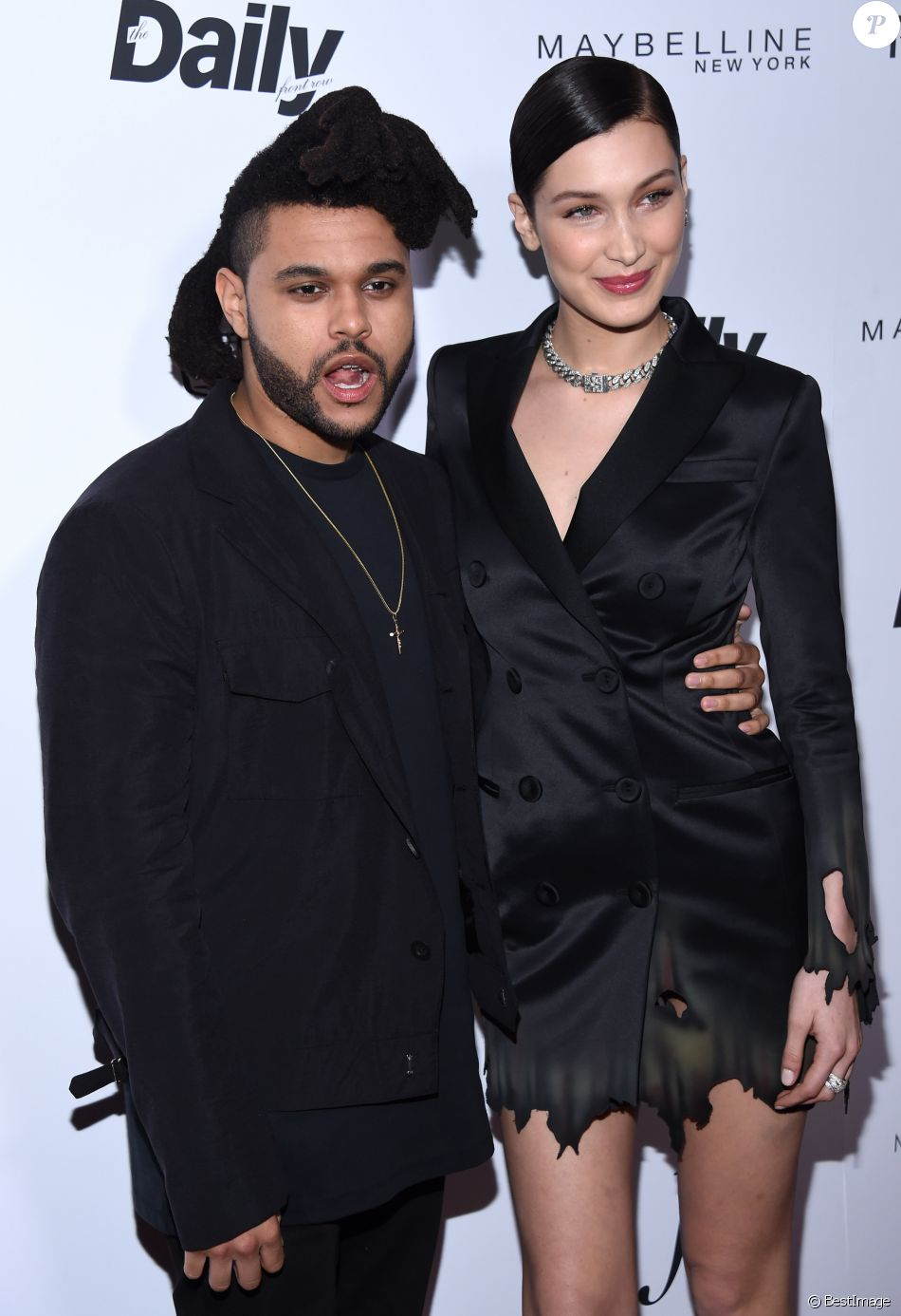 "The Weeknd et Bella Hadid - People à la soirée ""The 2016 Fashion Los Angeles Awards"" à l'hôtel Sunset Tower à West Hollywood. Le 20 mars 2016"