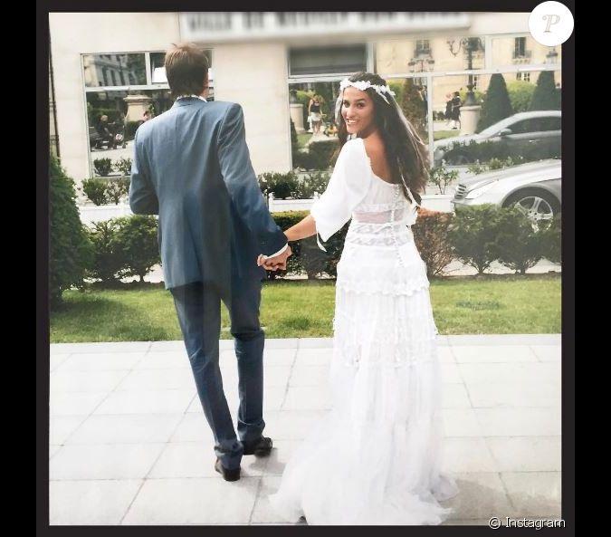 elisa tovati a partag cette photo de son mariage sur instagram pour la saint valentin le 14. Black Bedroom Furniture Sets. Home Design Ideas