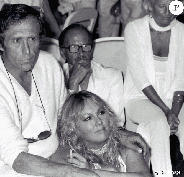 Marc Simenon et sa femme Mylène Demongeot à Saint Tropez en 1983.