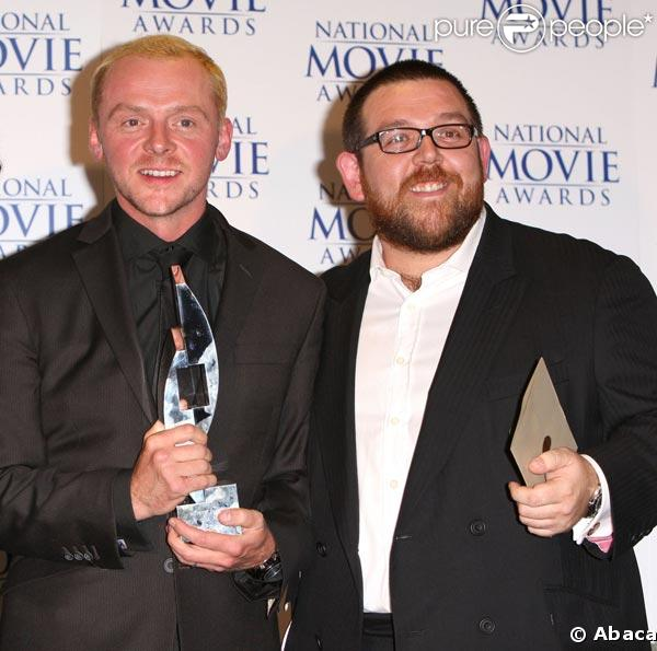http://static1.purepeople.com/articles/8/22/45/8/@/154456-simon-pegg-er-nick-frost-637x0-3.jpg