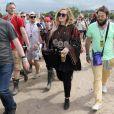 La chanteuse Adele et son compagnon Simon Konecki au Festival Glastonbury 2015, le 28 juin 2015.