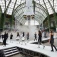 Défilé Chanel, collection prêt-à-porter automne-hiver 2017-18 au Grand Palais. Paris, le 7 mars 2017.