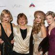 AnnaLynne, (la maman) Shari McCord, Rachel et Angel McCord à l'hôtel Angeleno à Los Angeles, le 29 octobre 2016 © CPA/Bestimage