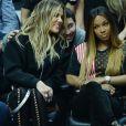 Khloe Kardashian et sa meilleure amie Malika Haqq regardent jouer Tristan Thompson contre les Clippers de Los Angeles, le 18 mars 2017
