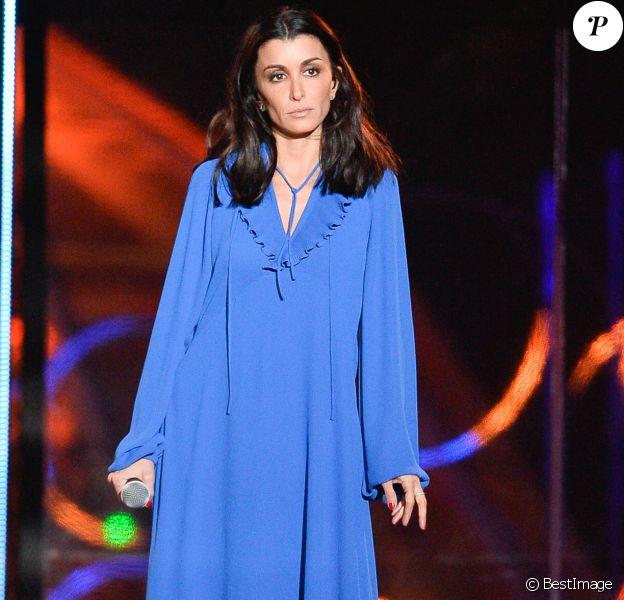 Le chanteuse Jenifer - 30ème édition du Téléthon 2016 (AFMTéléthon) à l'hippodrome de Longchamp à Paris, France, le 3 décembre 2016. © Coadic Guirec/Bestimage