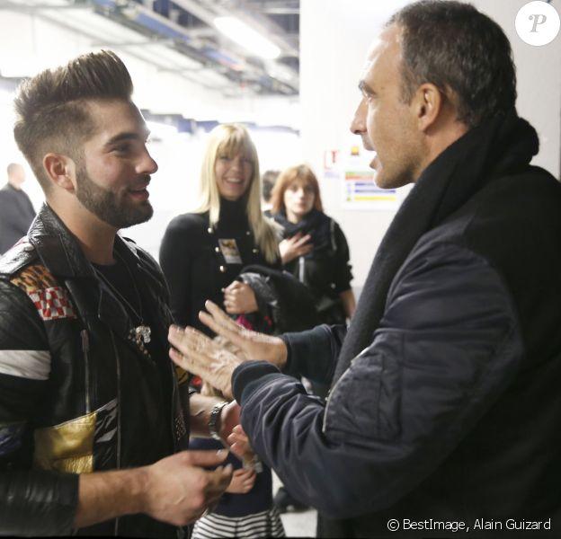 """Exclusif - Nikos Aliagas en famille dans les backstage du dernier concert de la tournée """"Ensemble"""" de Kendji Girac à l'AccorHotels Arena, à Paris, le 10 mars 2017."""
