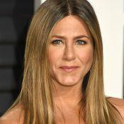 """Jennifer Aniston """"se moque"""" de la rupture de Brad Pitt et Angelina Jolie"""