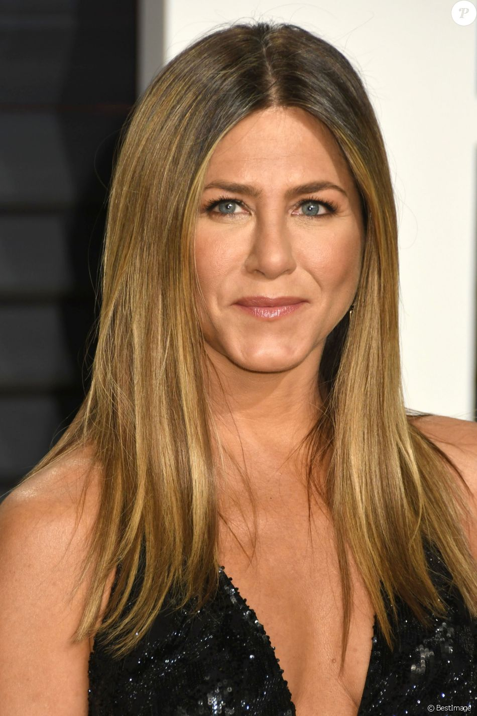 Jennifer Aniston lors de la Vanity Fair Oscar viewing party 2017 au Wallis Annenberg Center for the Performing Arts à Beverly Hills, le 26 février 2017.