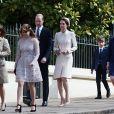 La princesse Beatrice d'York et sa sœur la princesse Eugénie d'York, Catherine Kate Middleton, la duchesse de Cambridge et son mari le prince William, duc de Cambridge, La comtesse Sophie de Wessex avec ses enfants Lady Louise et James, vicomte Severn - La famille royale britannique assiste à la messe de Pâques à la chapelle Saint-Georges de Windsor, le 16 avril 2017