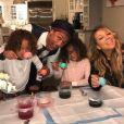 Mariah Carey fête Pâques avec ses enfants et son ex Nick Cannon. Instagram, le 16 avril 2017