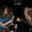 L'actrice britannique Genevieve Capovilla prête son image au site de rencontres en ligne eHarmony. La diffusion le 17 avril 2017 d'un spot pub a fait un énorme buzz en raison de la ressemblance de la jeune femme avec Meghan Markle, compagne du prince Harry.