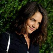Katie Holmes dévoile son nouveau visage glamour