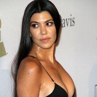 Kourtney kardashian hors de contr le au mexique nue dans for Nue a la piscine