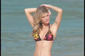 Marisa Miller... un magnifique Ange sur une plage ensoleillée !