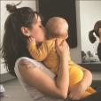 Daniela Martins (Secret Story 3) en séance de yoga avec bébé le 3 mai 2017.