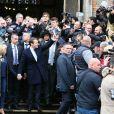 Emmanuel Macron et sa femme Brigitte (Trogneux) quittent la mairie du Touquet, après avoir voté pour le deuxième tour de l'élection présidentielle, salués par de nombreux militants. Le 7 mai 2017 © Dominique Jacovides - Cyril Moreau - Sébastien Valiela / Bestimage