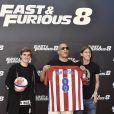 """Antoine Griezmann, Vin Diesel et Filipe Luis - Photocall du film """"Fast and Furious 8"""" à Madrid. Le 6 avril 2017."""