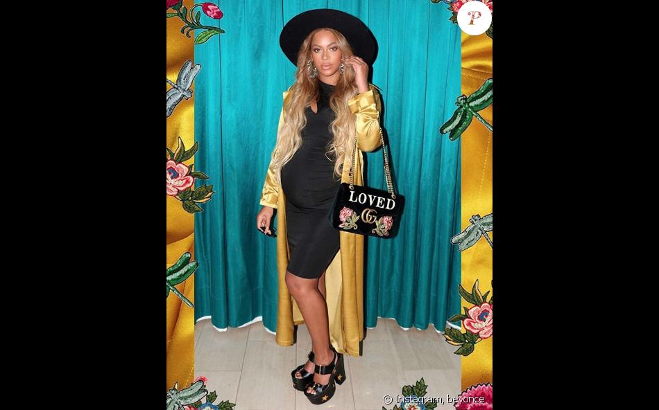 Beyoncé Knowles enceinte et stylée - Photo publiée sur sa page Instagram, le 10 mai 2017